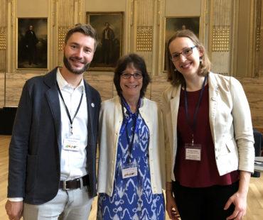 Termin mit Linda Tannenbaum (mitte), Präsidentin der Open Medicine Foundation, zu möglichen Kooperationen